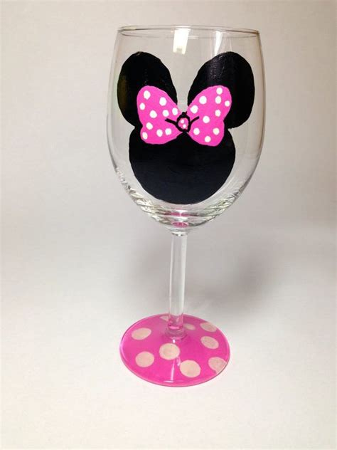 mouse for glass minnie mouse wine glass google search wine pinterest