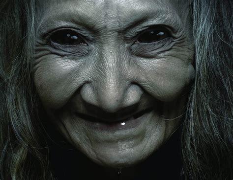 film hantu nenek gayung bukan hanya mengumbar paha dan dada 7 film horor