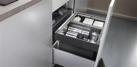 automatischer schubladeneinzug das m 252 lleimer system f 252 r k 252 chenschr 228 nke mit ausziehbaren