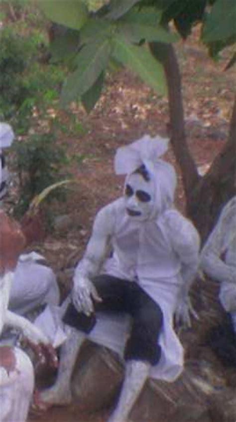 film horor lucu gokil penakan misteri hantu seram