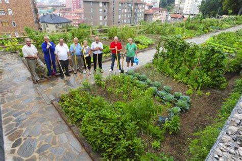 Imagenes De Jardines Urbanos | huertos urbanos jardines comestibles ciudades