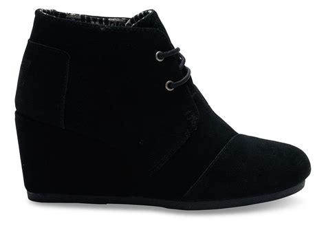high heel desert boot black suede s desert wedges toms