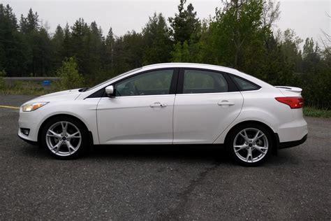 2015 ford focus sedan white car wallpaper