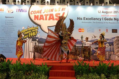 natas holiday  resmi dibuka hari