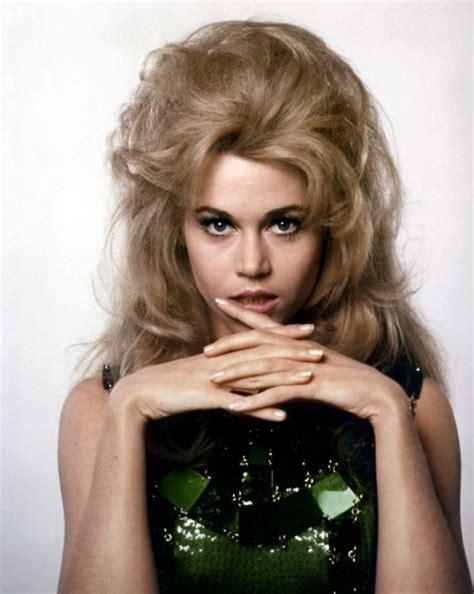 jane fonda 1970 s hairstyle iconic blonde actresses famous blonde women