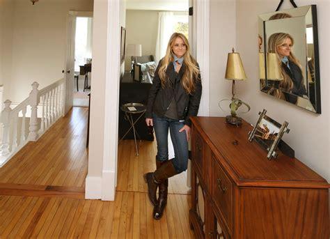 hgtv s rehab addict battles blight to save houses