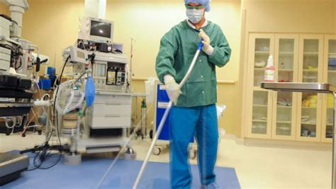 Cleaning Operating Rooms by Encompass Operating Room Program Ecolab