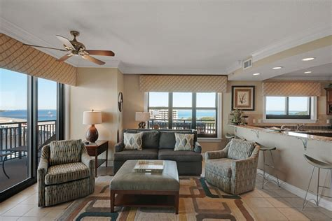4 bedroom condos emerald grande luxury 4 bedroom condo destin florida for