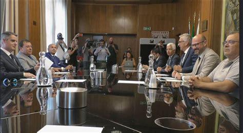 nuova tirrena sede legale regione nuovo accordo con la tirrenia quot tariffe agevolate