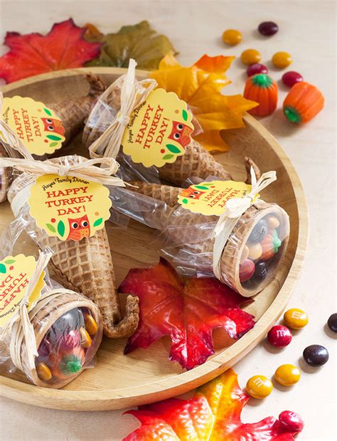 thanksgiving table favors adults cornucopia favors inspiration