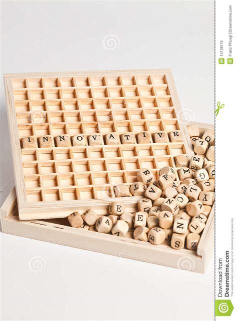 cubi con lettere cubi con le lettere fotografia stock immagine di gioco