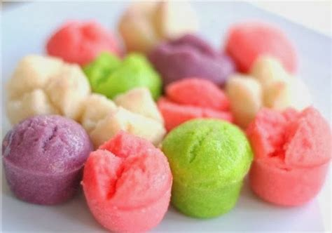 membuat bolu kukus dari talas cara membuat apem kukus manis merekah lihat resep