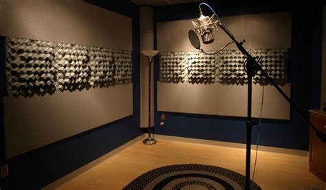 Soundproofing A Closet by How To Turn A Closet Into A Diy Sound Booth