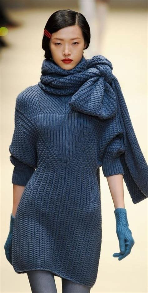 Dress Branded Simply Styled Navy Dress 18 to wear with knitwear for this winter