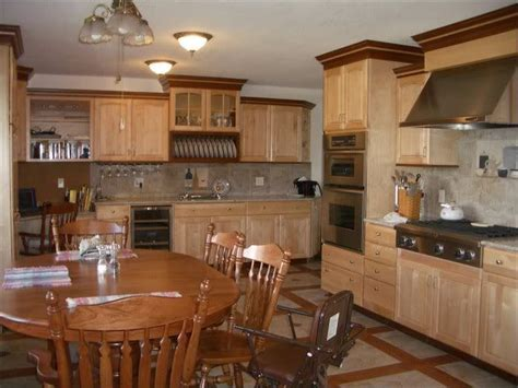 two toned stained kitchen cabinets grooving on the two toned trim kitchens