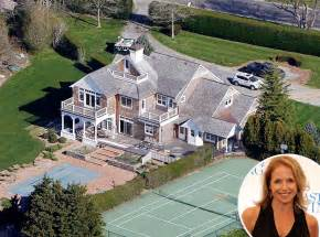 famous homes katie couric from celebrity homes in the hamptons e news