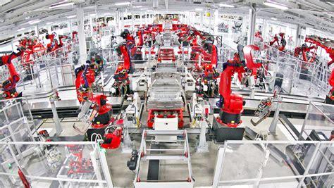 foxconn gm reveals plans  fully automate  factories