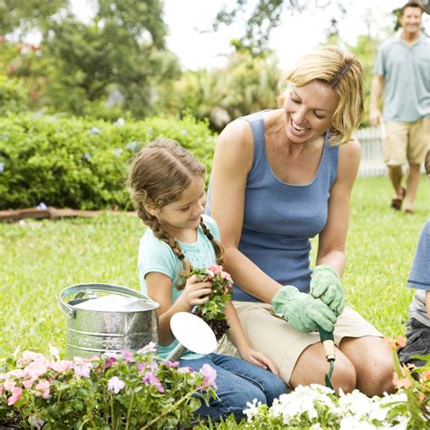Gardening With Toddlers Gardening With Parenting