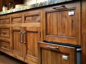 Choosing Kitchen Cabinet Hardware by Choosing Handle For Kitchen Cabinets My Kitchen Interior