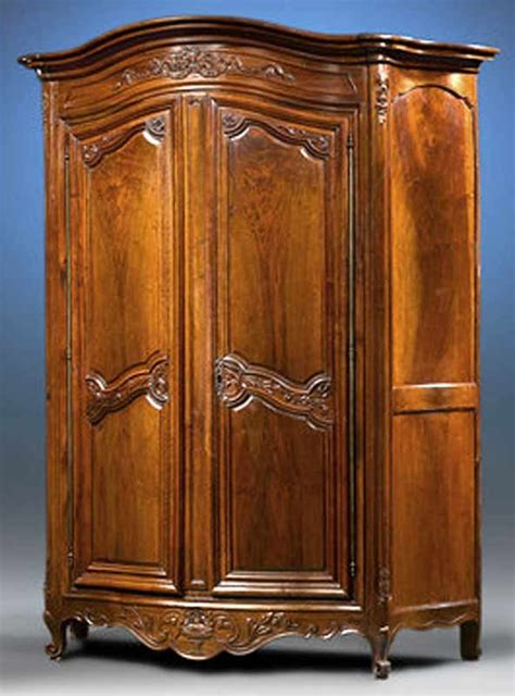 Armoire Whisky by 1000 Ideas About Tv Armoire On Armoires