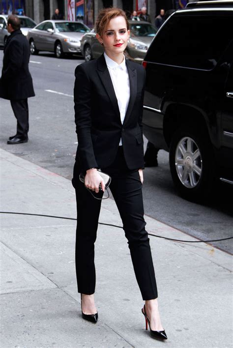 emma watson in suit emma watson s late show suit celebrity fashion style news