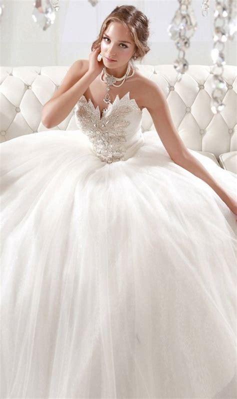 Rot Weißes Hochzeitskleid by Schlafzimmer Wandfarbe Empfehlung