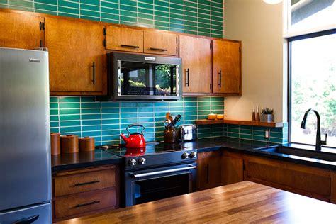 mid century modern kitchen backsplash midcentury