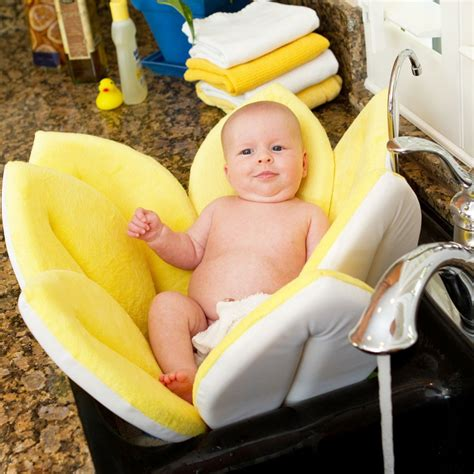 Blooming Bathtub by Blooming Bath For Babies Giveaway The Review Stew