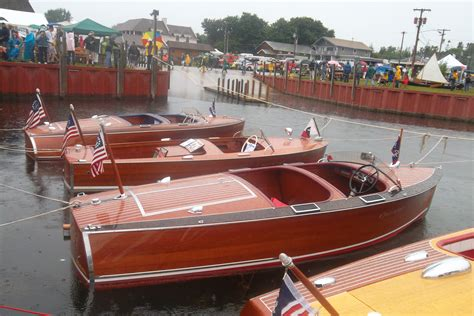 antique boat show file antique boat show jpg wikimedia commons