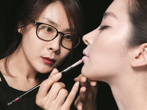 how to be an professional artist professional makeup service by korean celebrities makeup