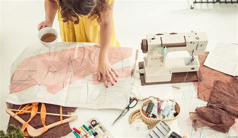 luxury fashion designers list how independent fashion designers can succeed by knowing