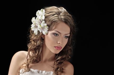 hairstyles worn down wavy bridal hairstyle worn down with flowers