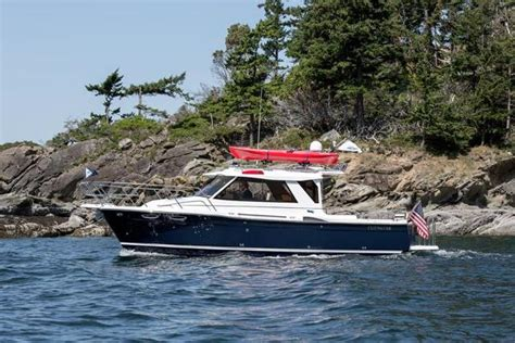 cutwater boats vancouver cutwater 28 boats for sale boats