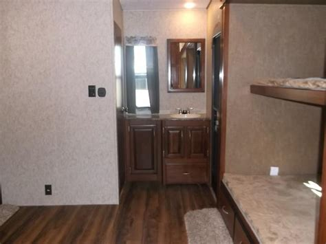fifth wheel with 2 bathrooms new 2017 wildcat 363rb fifth wheel bunkhouse with 2 bath