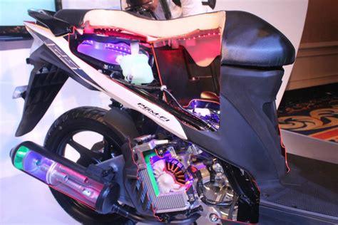 Piston Standart Vario 125 Cbs Vario 125 Techno 13101 Kwn 902 vario techno 125cc pgmfi