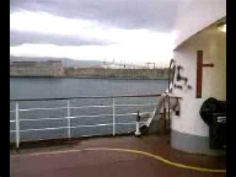 porto di messina traghetti messina nave traghetto uscita dal porto di messina sicilia