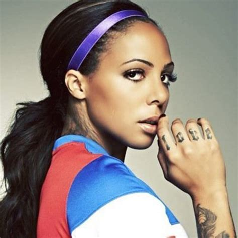 sydney leroux tattoos sydney leroux pbh2 s crush wednesday
