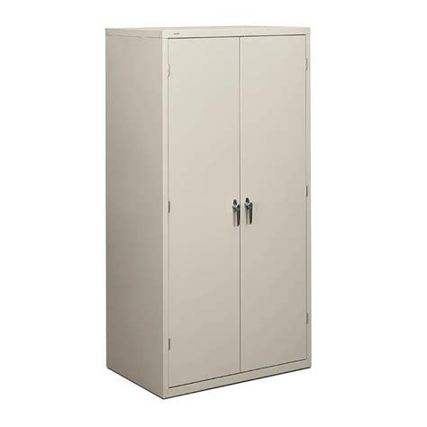 Storage Cabinets: Metal Storage Cabinets
