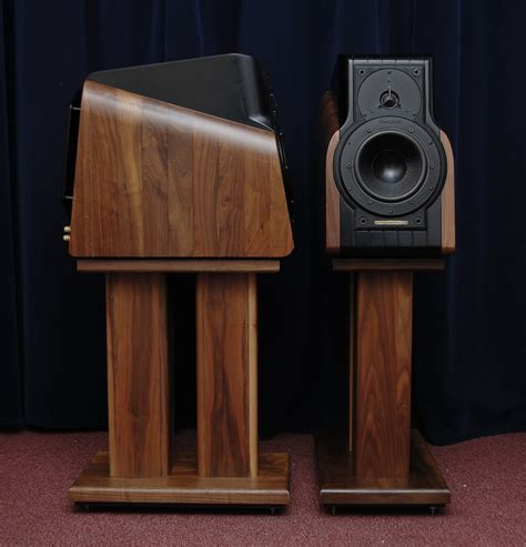 best bookshelf speaker you heard headphones