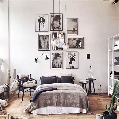 High Bedroom Decor by 25 Best Ideas About High Ceiling Bedroom On