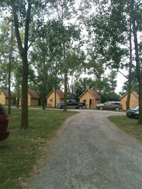 Sandusky Cabins by 301 Moved Permanently