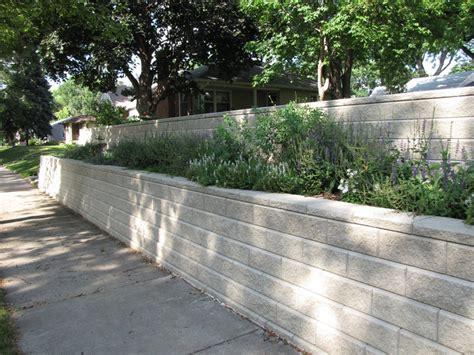 Planter Retaining Wall by Retaining Walls Minneapolis Contractors Oak