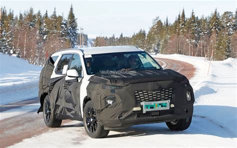Hyundai Upcoming Suv 2020 by 2020 Hyundai Large Suv Spied Testing In The Snow Could Be
