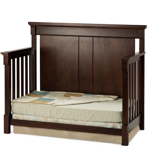 cherry convertible crib convertible crib cherry storkcraft vittoria 3 in 1