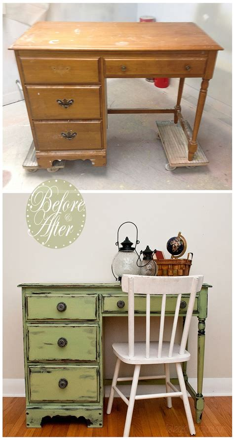How To Paint Furniture Distressed by Best 25 Distressed Furniture Ideas On