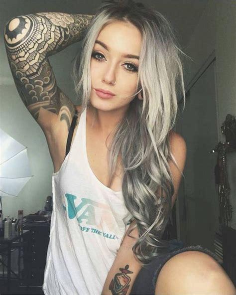 tattoo girl calendar 2018 girls with tattoos 2018 miladies net