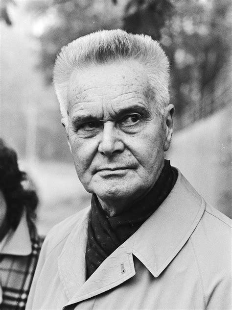 Jan Tinbergen — Wikipédia