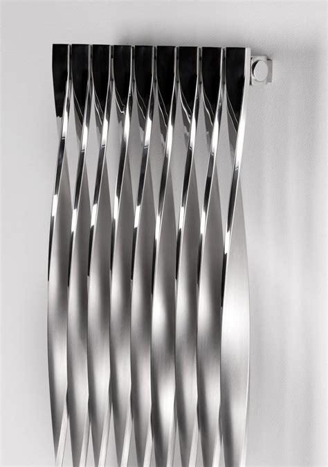 Radiateur A Eau Vertical 1085 by Aeon 720 Designer Radiator Interiors Ltd