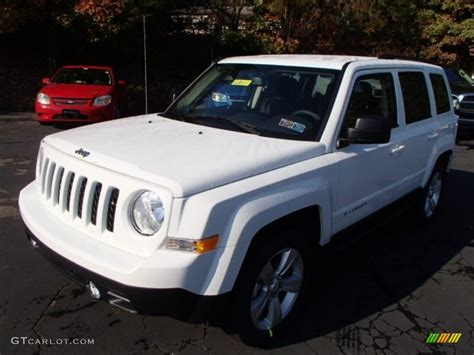 white jeep patriot 2014 2014 bright white jeep patriot latitude 86980671 photo 2