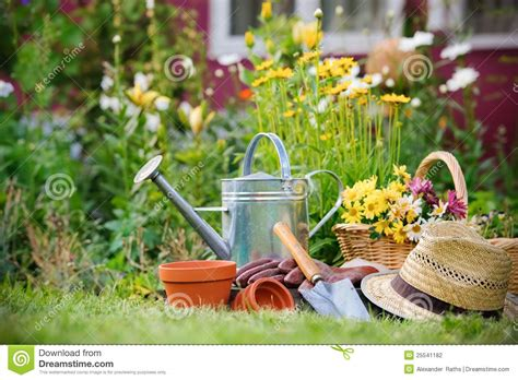 gardening picture gardening stock photography image 25541182
